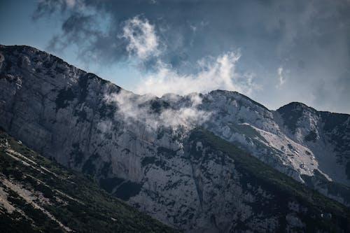 Darmowe zdjęcie z galerii z garda, krajobraz, natura, niebo