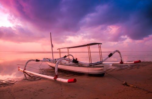 Ingyenes stockfotó ég, hajnal, hajóm csónak, homok témában