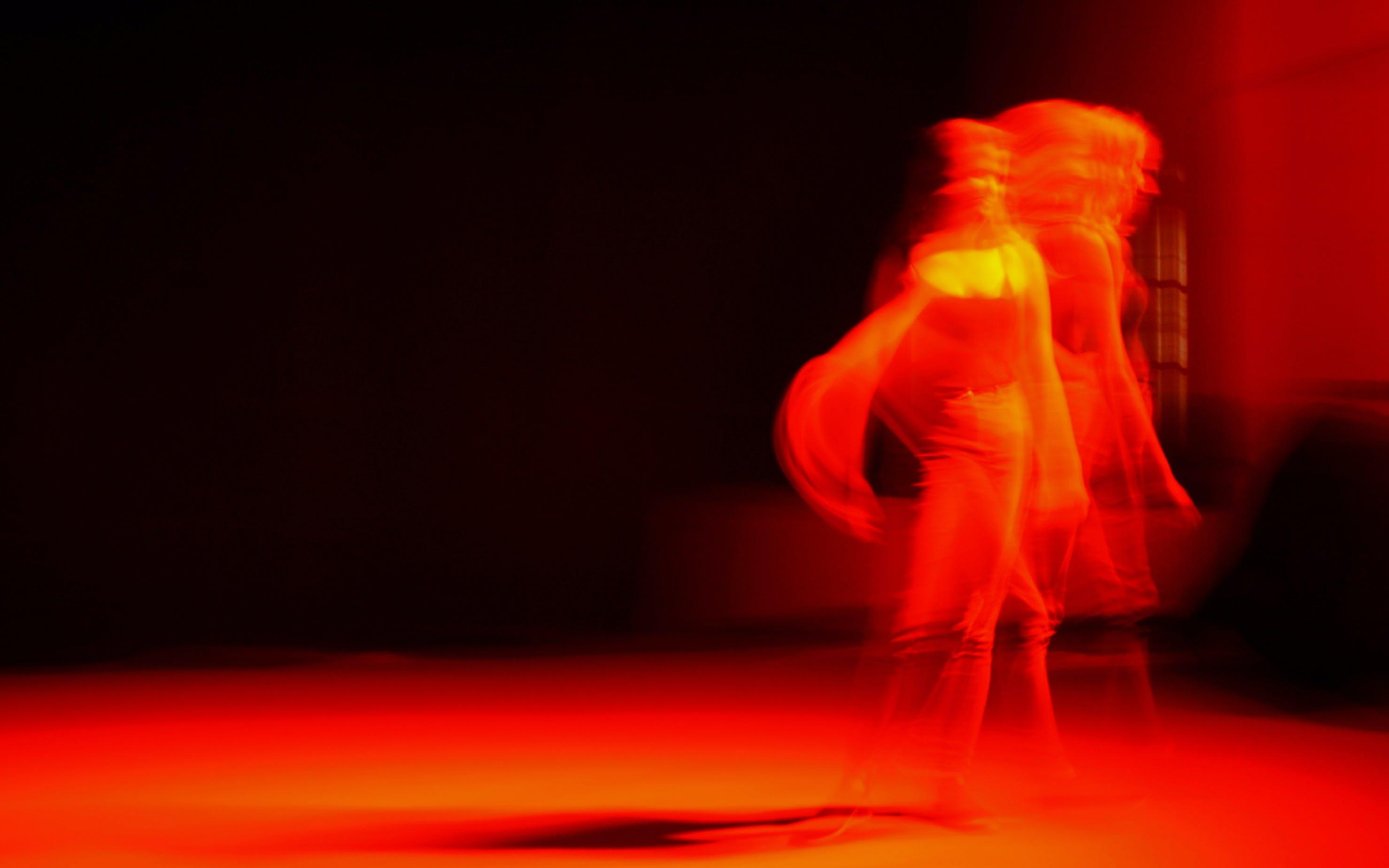Foto stok gratis cahaya dan bayangan, merah, tempat kejadian