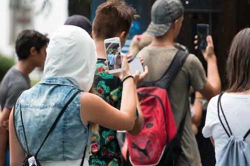 cep telefonu çekimi içeren Ücretsiz stok fotoğraf