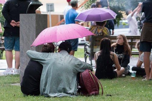 şemsiye içeren Ücretsiz stok fotoğraf