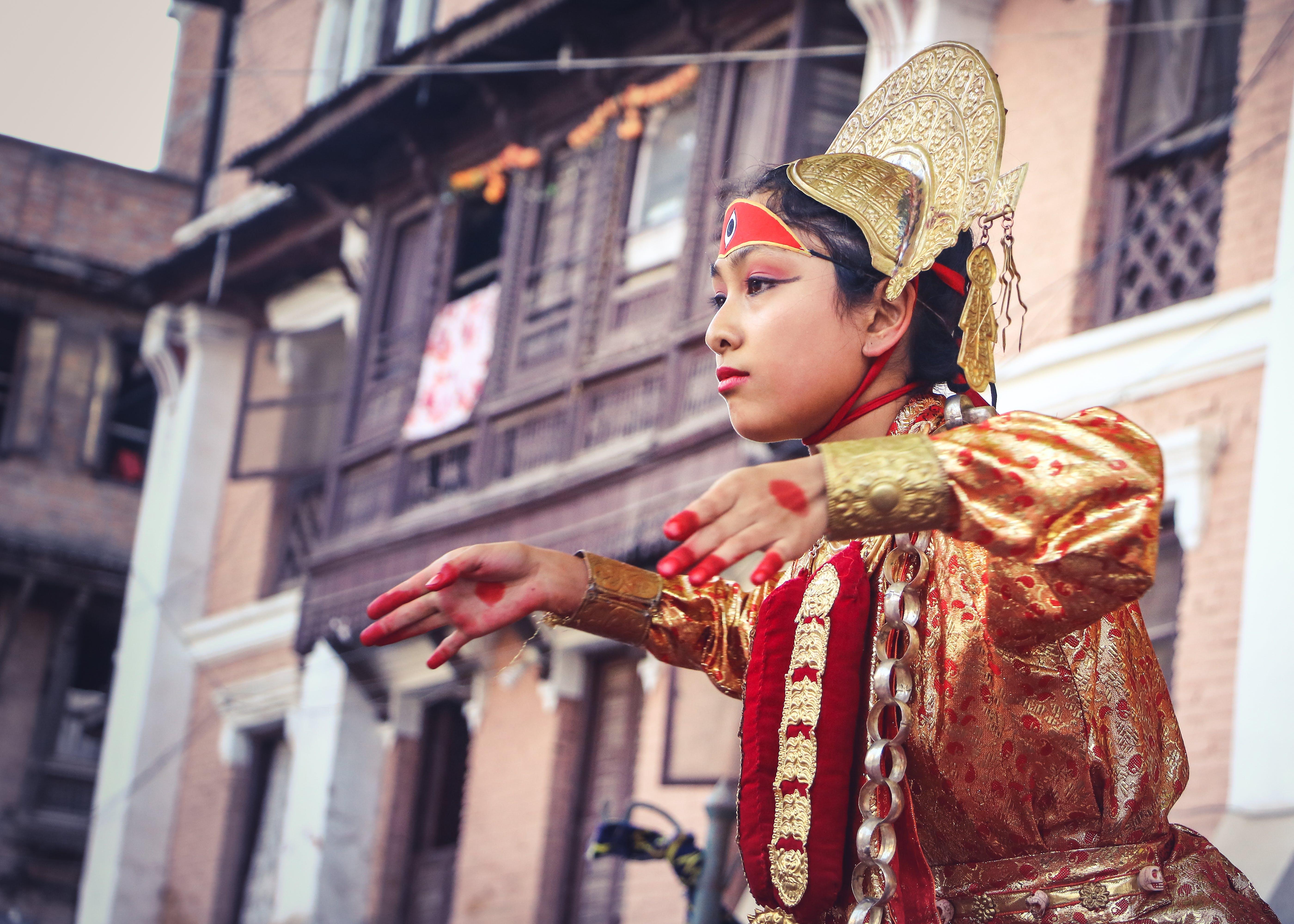 Gratis lagerfoto af barn, Festival, folkedragt, gade
