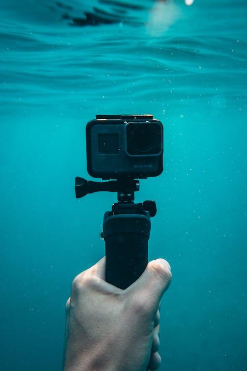 Gopro Hero5 Mit Einbeinstativ Unterwasser