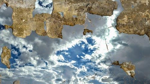 Foto stok gratis dinding, kerusakan, langit, langit runtuh