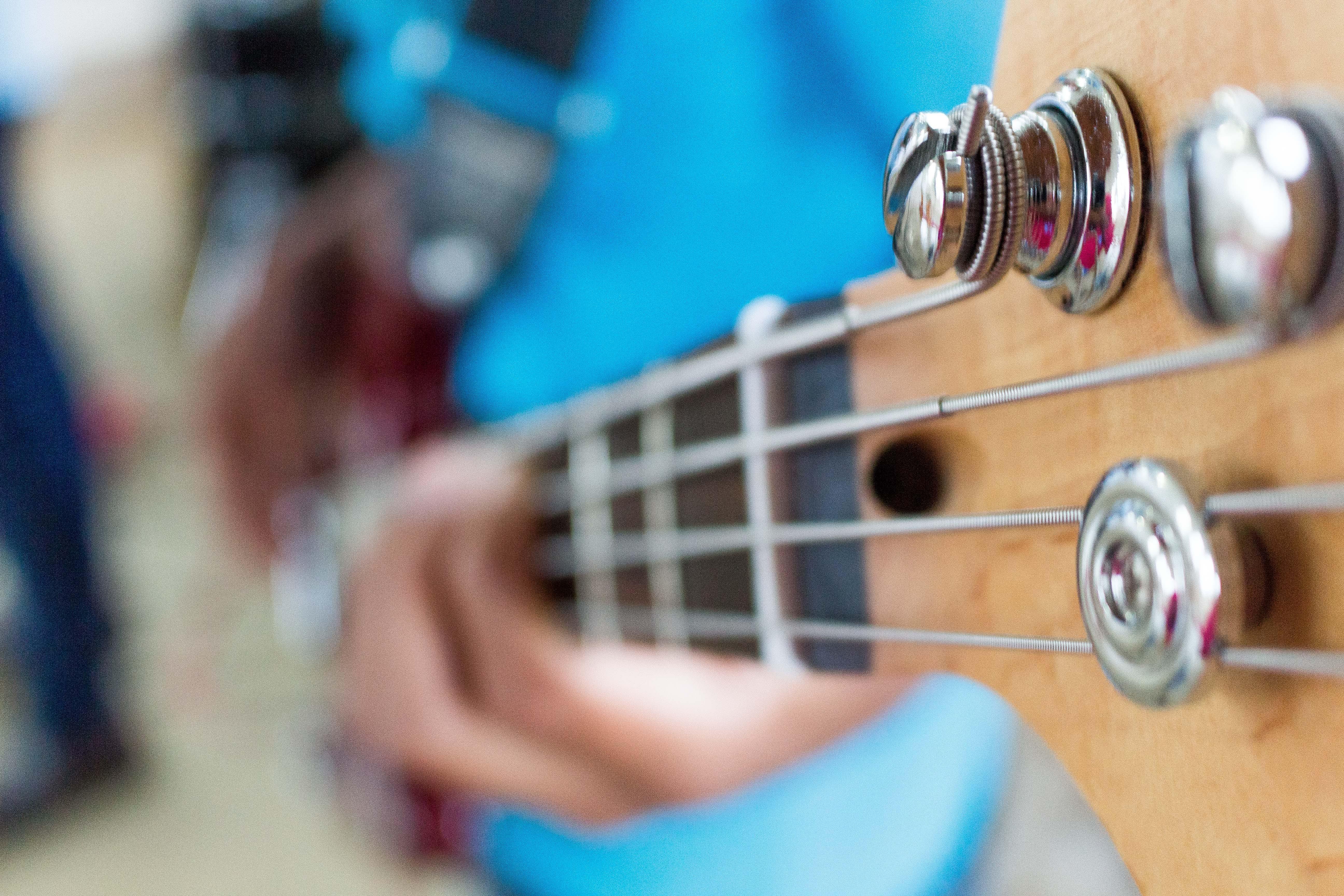 Kostenloses Stock Foto zu akustische gitarre, gitarre