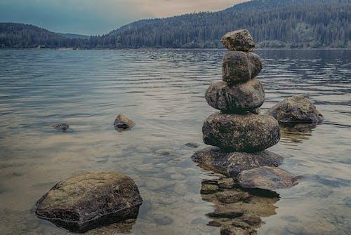 Fotobanka sbezplatnými fotkami na tému exteriéry, hora, jazero, kamene