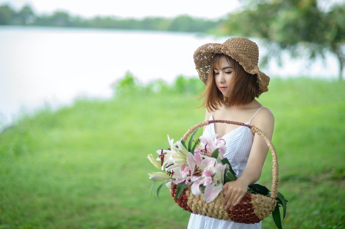azjatka, azjatycka dziewczyna, biała sukienka
