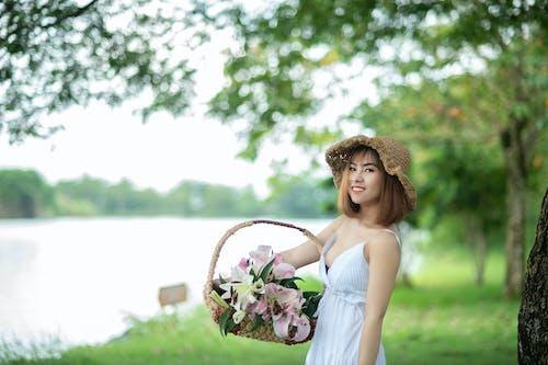 Δωρεάν στοκ φωτογραφιών με άνθρωπος, απόλαυση, ασιατικό κορίτσι, ασιάτισσα