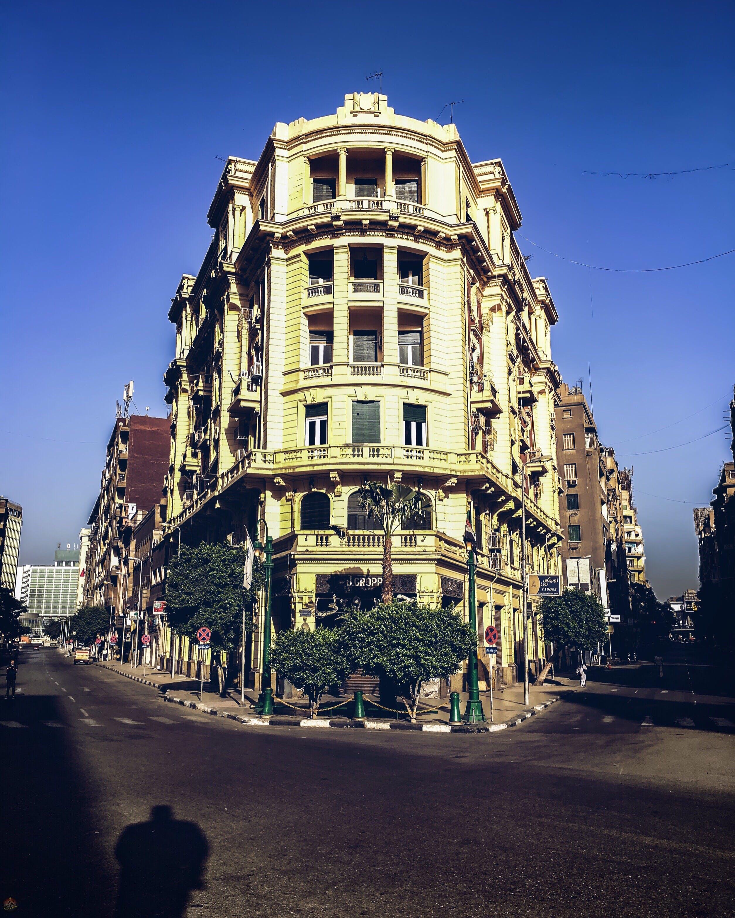 Free stock photo of buildings, shadow, street, traffic light
