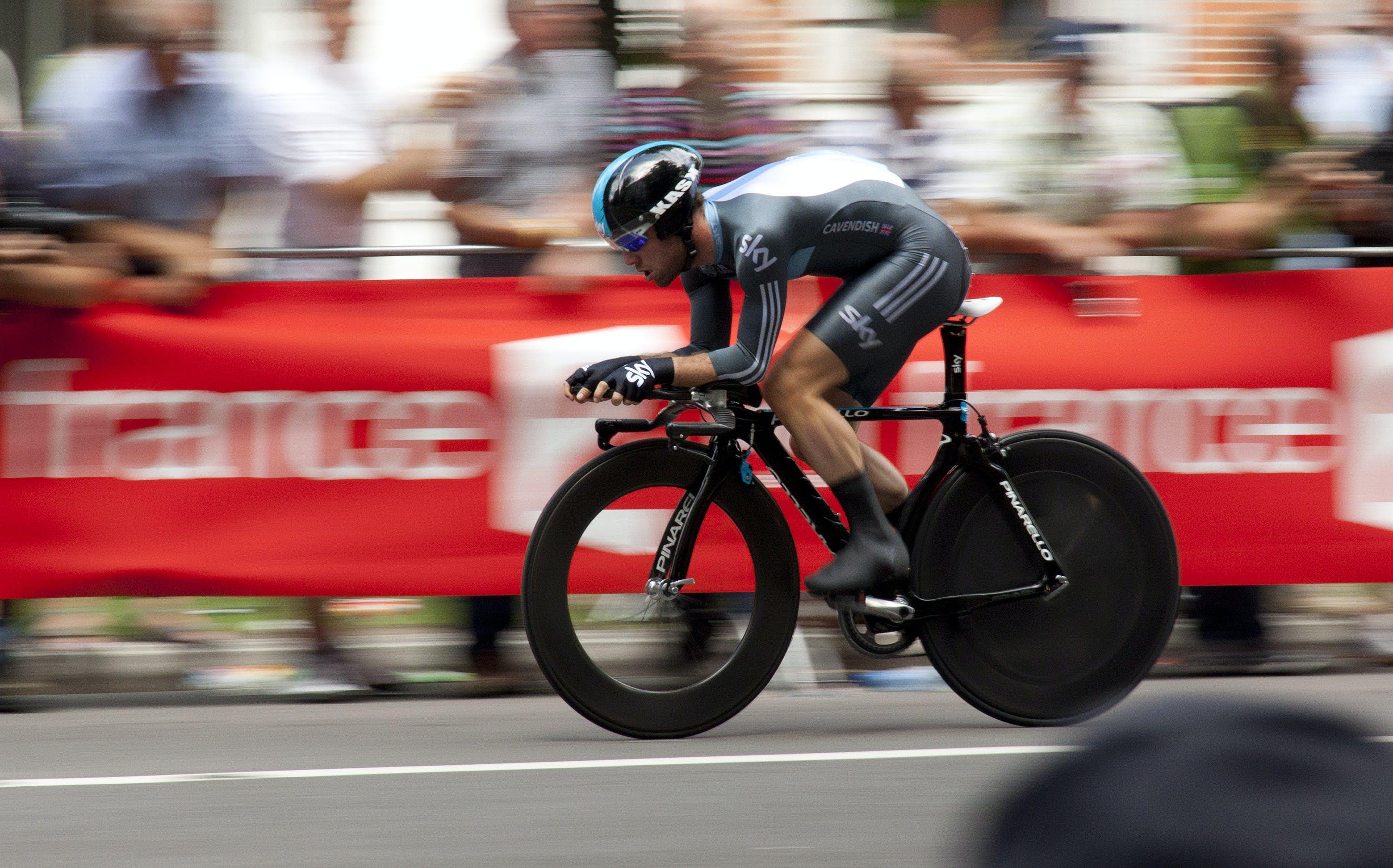αγωνιστική μοτοσικλέτα, αγωνιστικό ποδήλατο, άθλημα