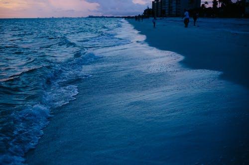 açık, akşam, dalgalar, deniz içeren Ücretsiz stok fotoğraf