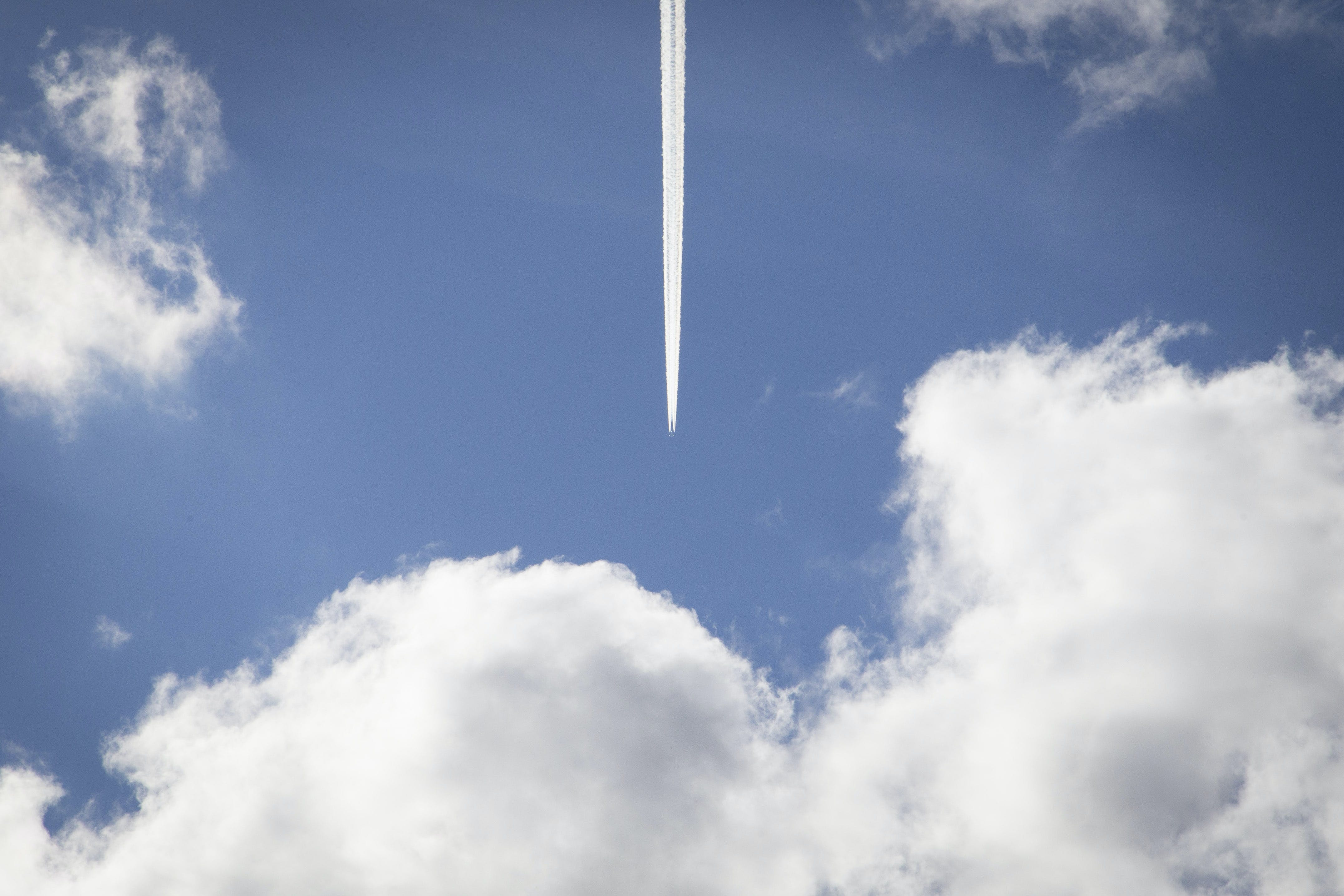airplane, clouds, contrails