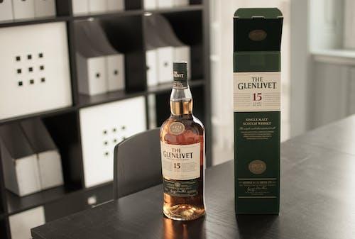 Darmowe zdjęcie z galerii z butelka, whisky