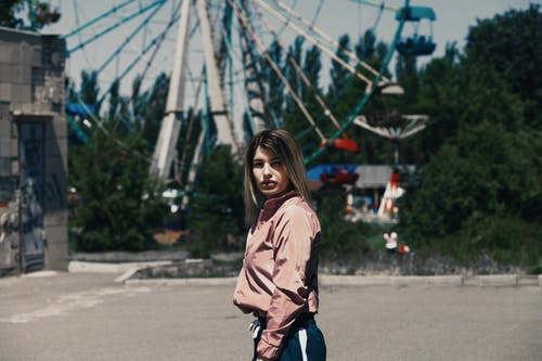 休閒, 公園, 夏天, 女人 的 免费素材照片