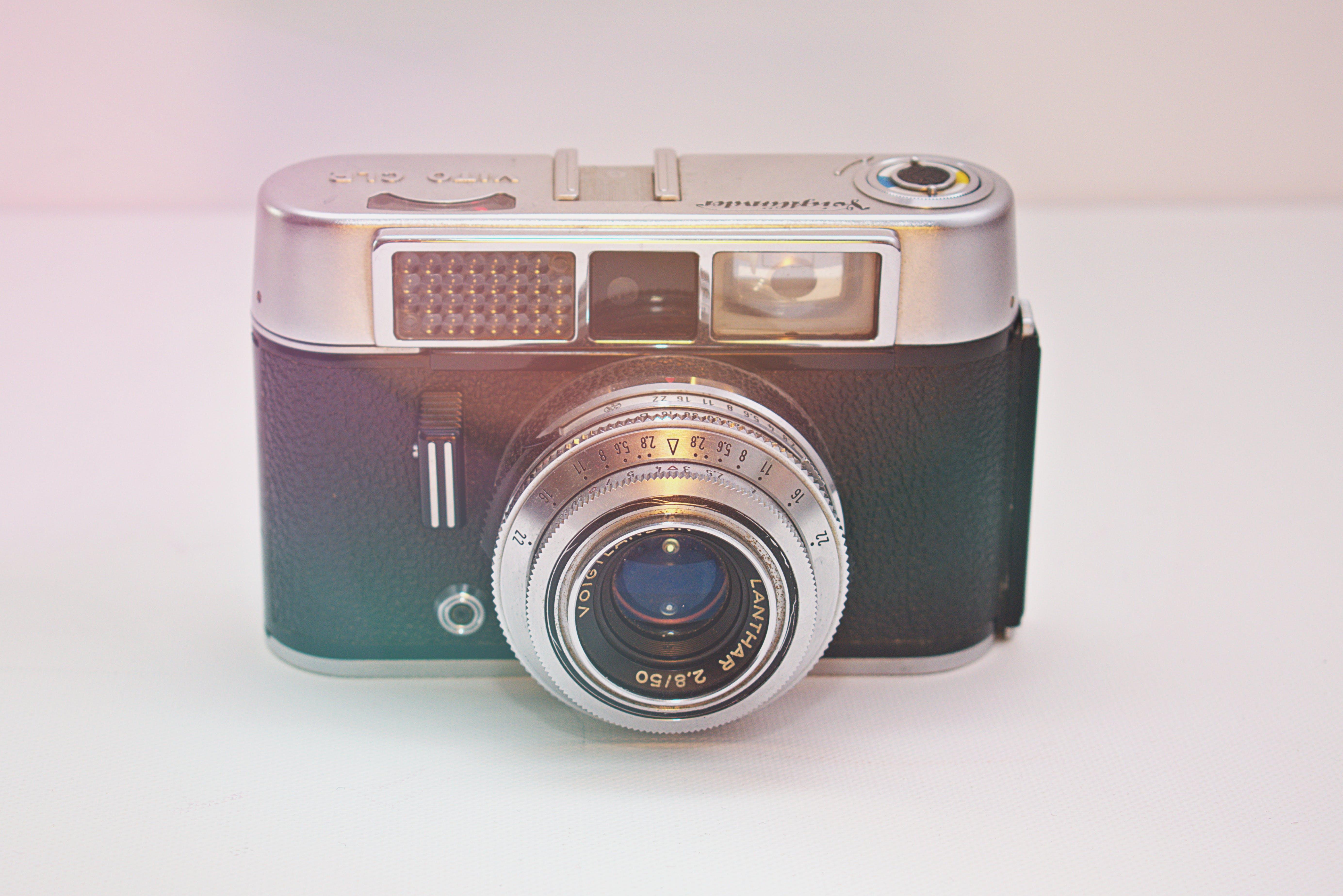 Ingyenes stockfotó fényképezőgép, klasszikus, múltidéző, retro témában