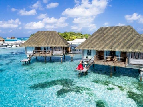 Ingyenes stockfotó hotel, kikapcsolódás, kunyhó, lagúna témában
