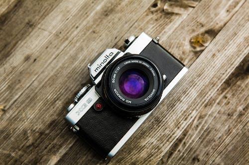Gratis lagerfoto af analogt kamera, fotografi, kamera, Minolta