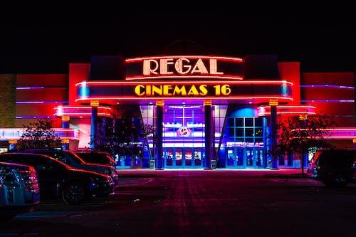Kostenloses Stock Foto zu kino, neon, neonlicht, neonlichter