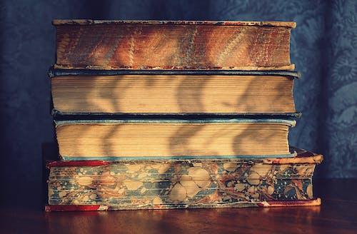 Δωρεάν στοκ φωτογραφιών με vintage, βιβλία, βίντατζ, γκρο πλαν