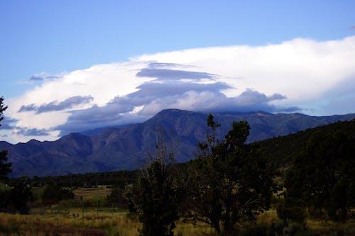 Gratis arkivbilde med fjell, ørken, skyer, storm