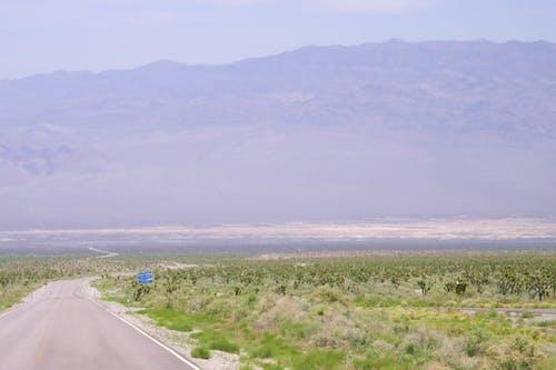 Gratis arkivbilde med fjell, ørken, vei