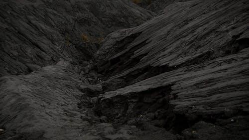 Kostenloses Stock Foto zu draußen, dunkel, felsen, geologie
