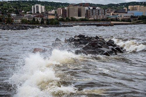 Δωρεάν στοκ φωτογραφιών με duluth, lake superior, βράχια, γνέφω