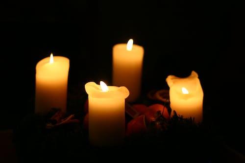 Fotos de stock gratuitas de amarillo, ligero, luz de vela, Navidad