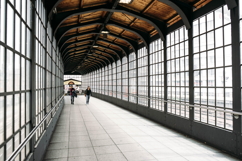Fotos de stock gratuitas de adentro, arquitecto, arquitectura, arquitectura moderna