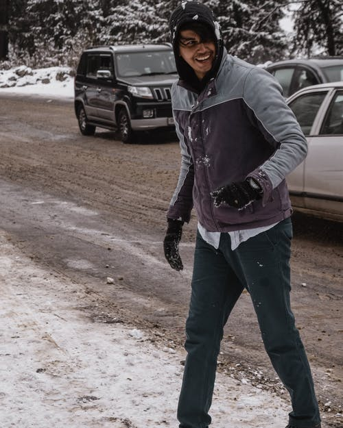 Immagine gratuita di auto, felpa con cappuccio, giacca, guanti