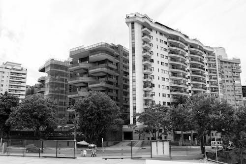 Gratis arkivbilde med by, bygning, landskap, leilighet