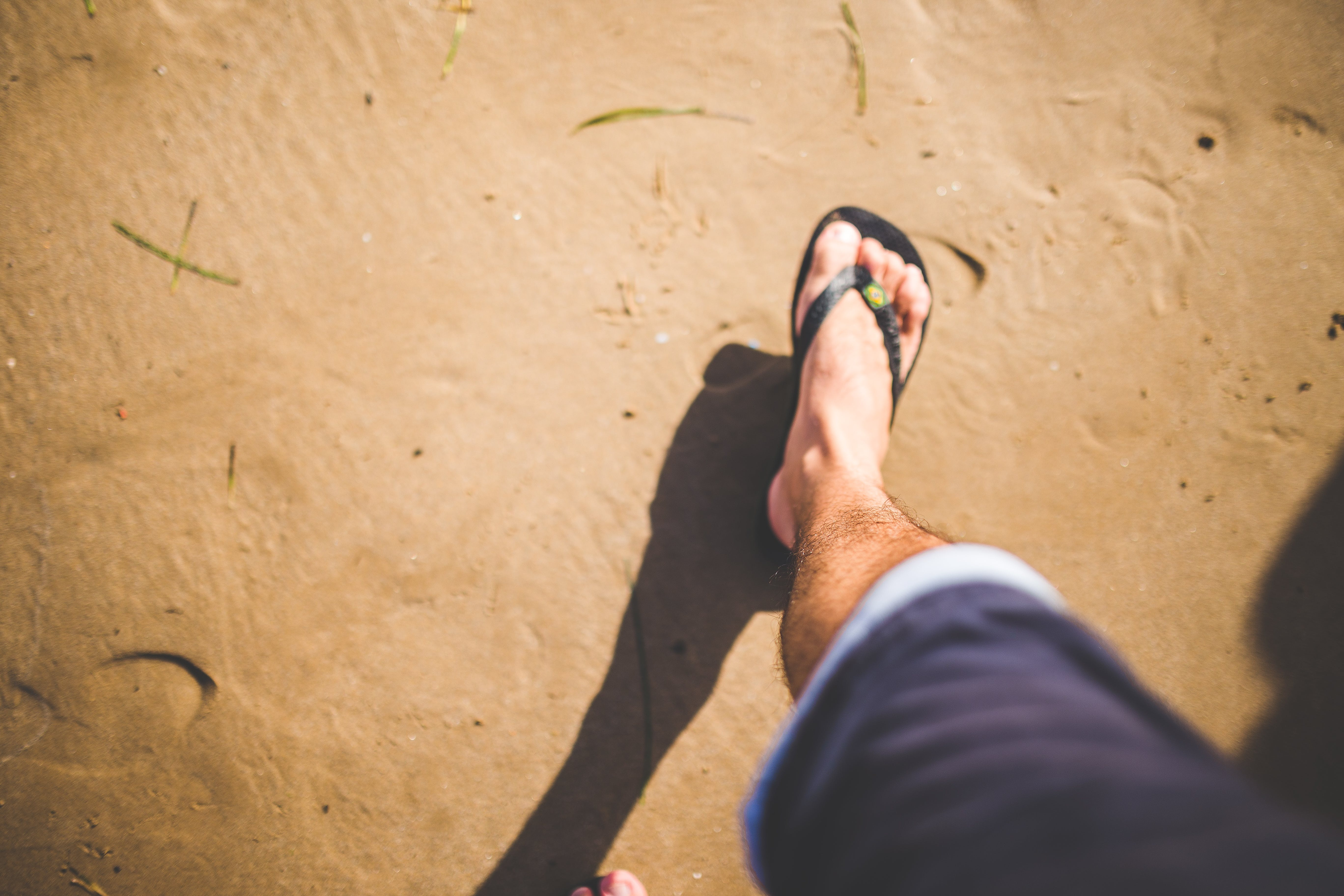 Ilmainen kuvapankkikuva tunnisteilla aikuinen, henkilö, hiekka, hiekkaranta