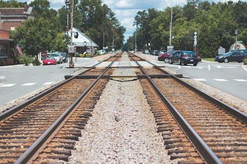 Immagine gratuita di acciaio, auto, binario ferroviario, ferro