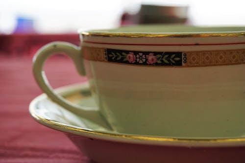 Antik, bağbozumu, bulanık arka plan, Çay içeren Ücretsiz stok fotoğraf