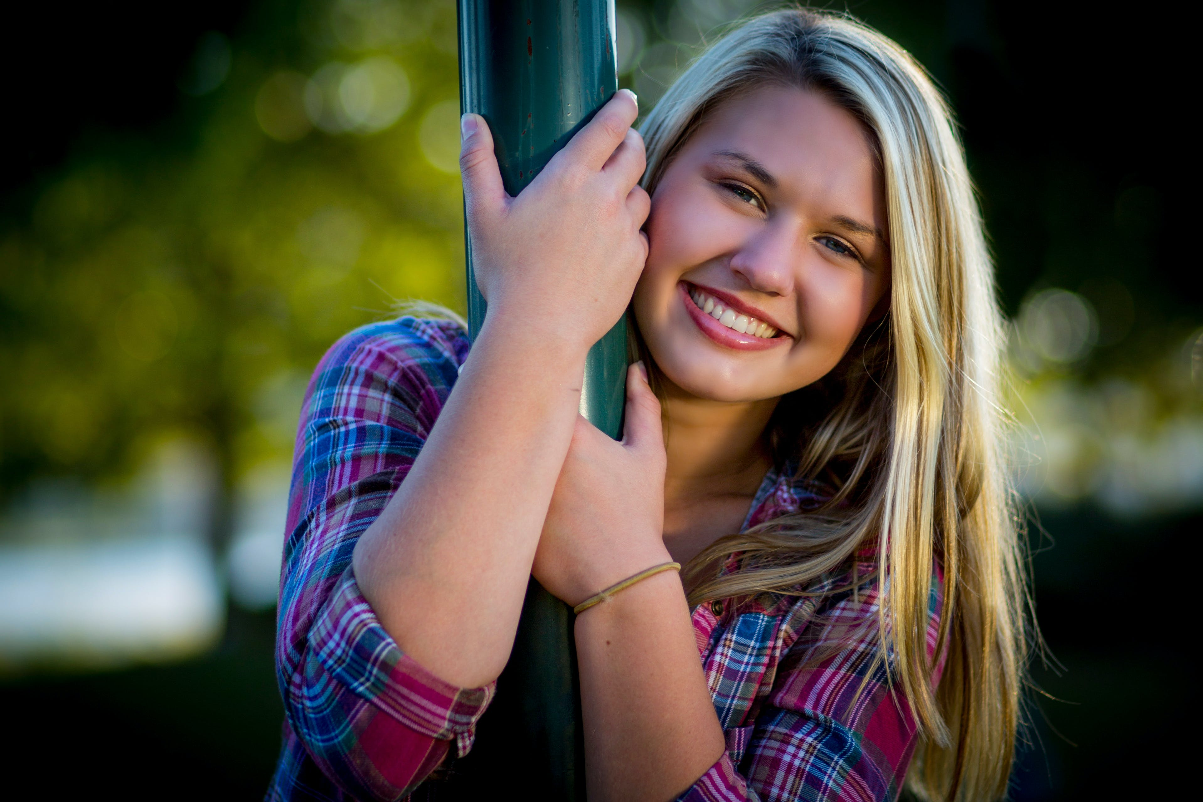 Kostenloses Stock Foto zu blond, blondes haar, frau, freude