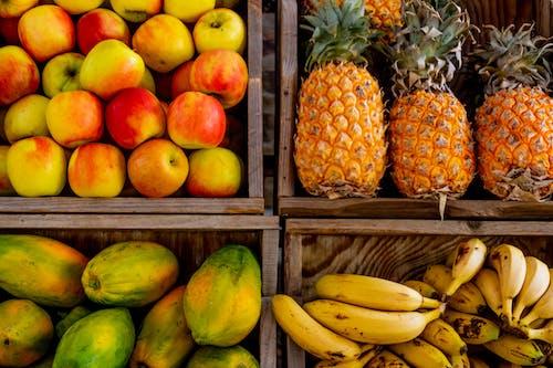 Безкоштовне стокове фото на тему «ананаси, банани, вітаміни, великий план»