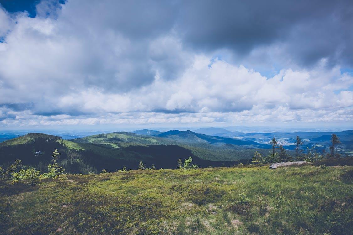denné svetlo, hory, idylický
