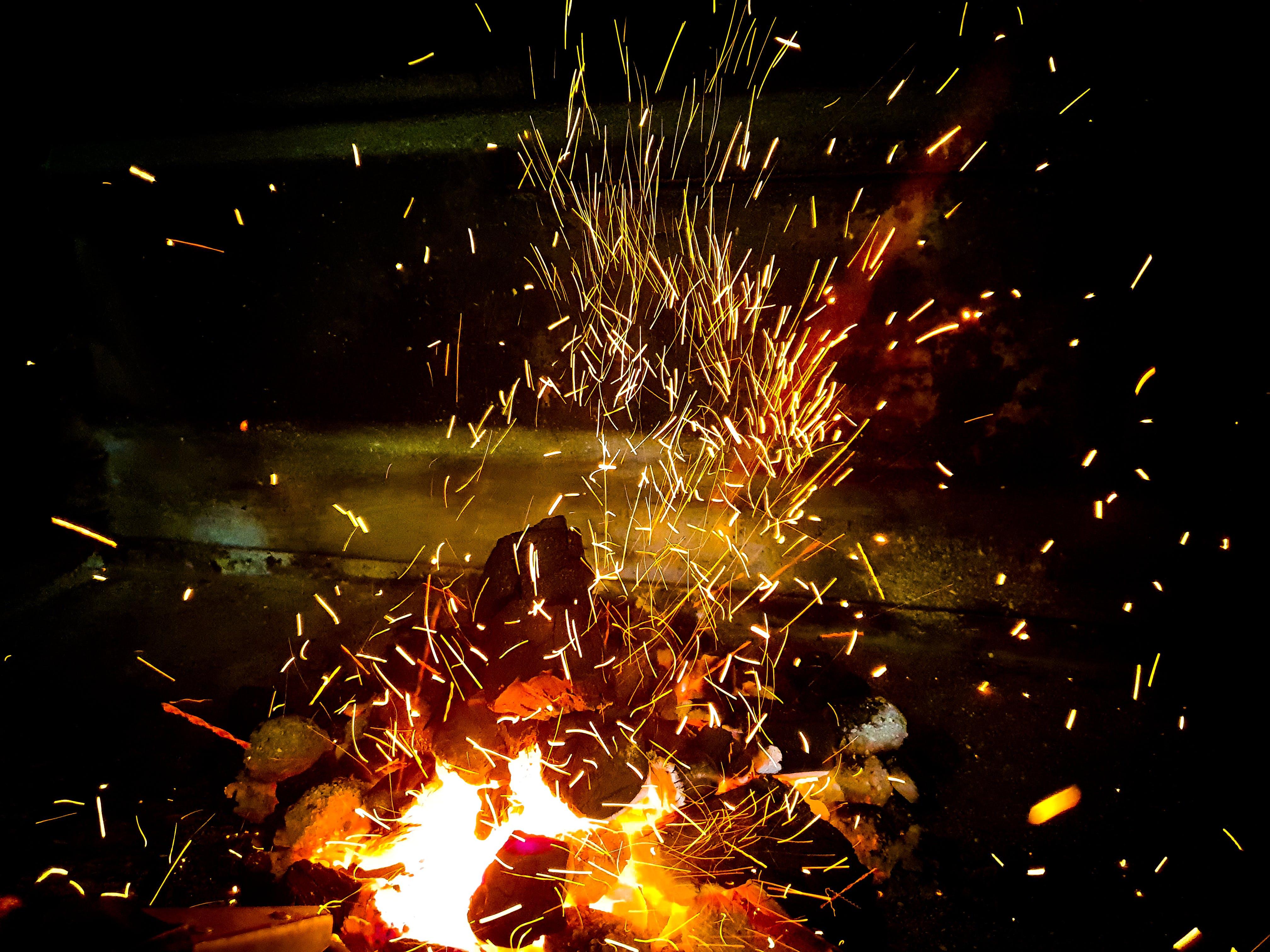 Δωρεάν στοκ φωτογραφιών με ανάβω φωτιά, γκρο πλαν, ζεστασιά, ζεστός
