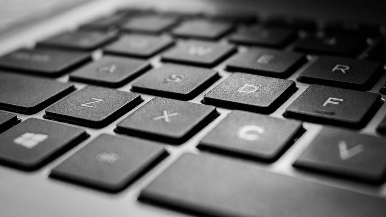 anahtar, bilgisayar klavyesi, camlar içeren Ücretsiz stok fotoğraf