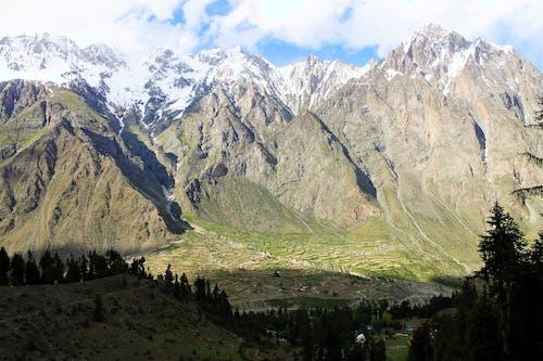 Darmowe zdjęcie z galerii z dolina, góry, naltar, pakistan
