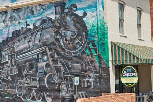 Gratis lagerfoto af lille by, vægmaleri