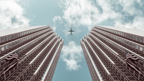 250+ Engaging Airplane Photos · Pexels · Free Stock PhotosViewpoint In Photography Definition