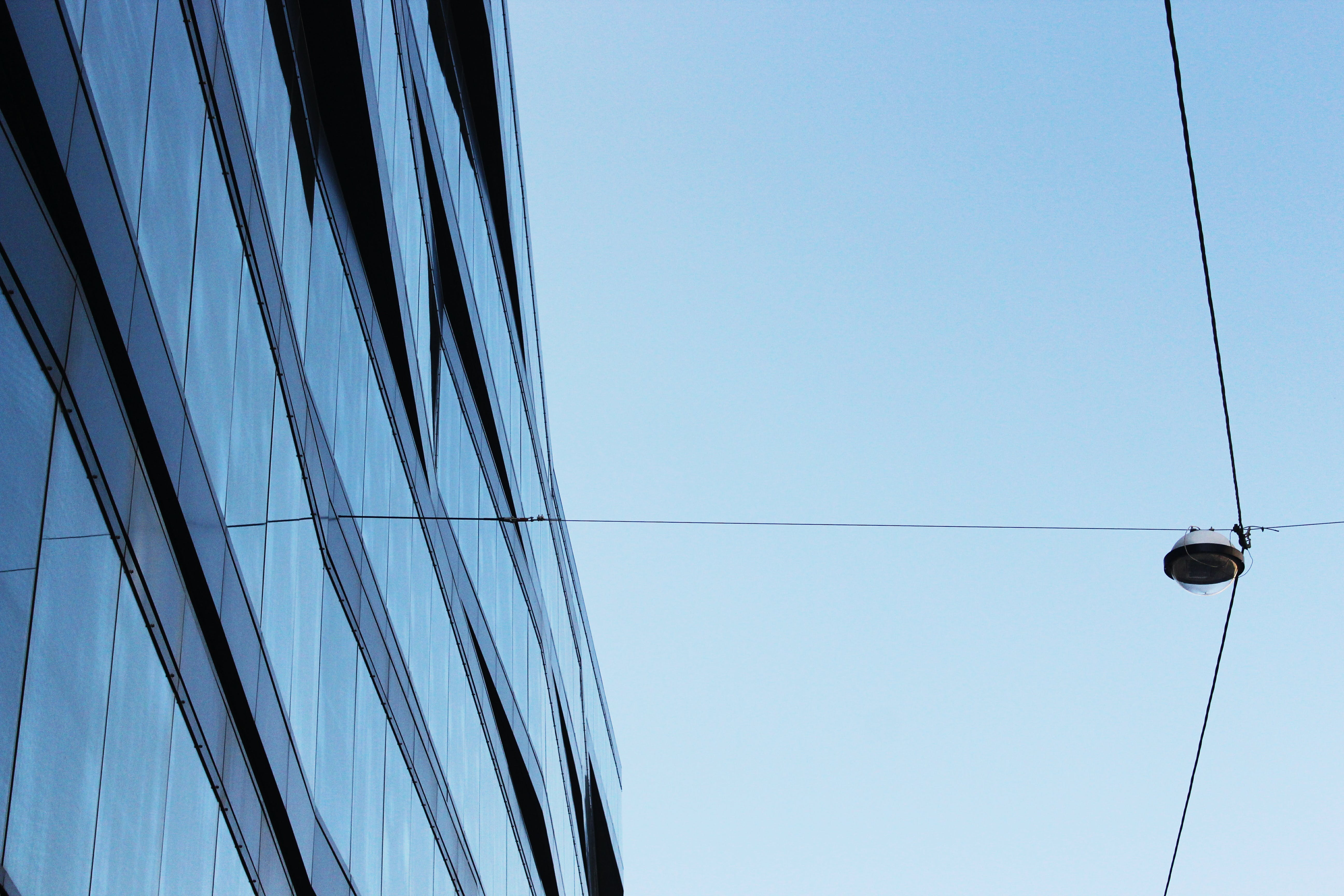 Glass Curtain Window Building With Cable