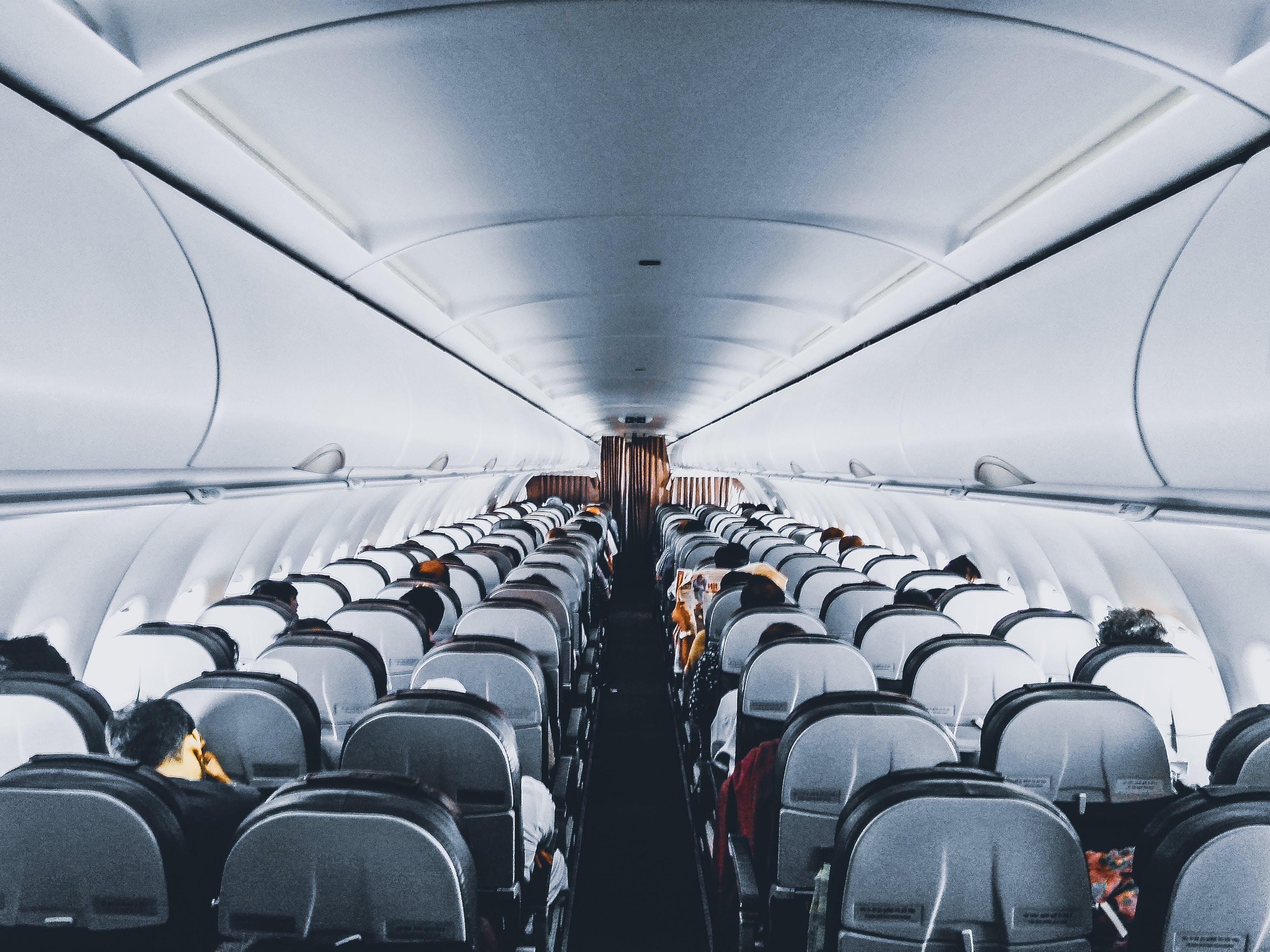 Kostenloses Stock Foto zu fahrzeug, fenster, flug, fluggesellschaft