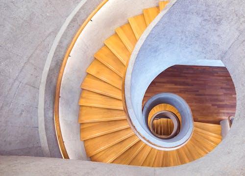 Бесплатное стоковое фото с архитектура, винтовая лестница, дизайн, здание