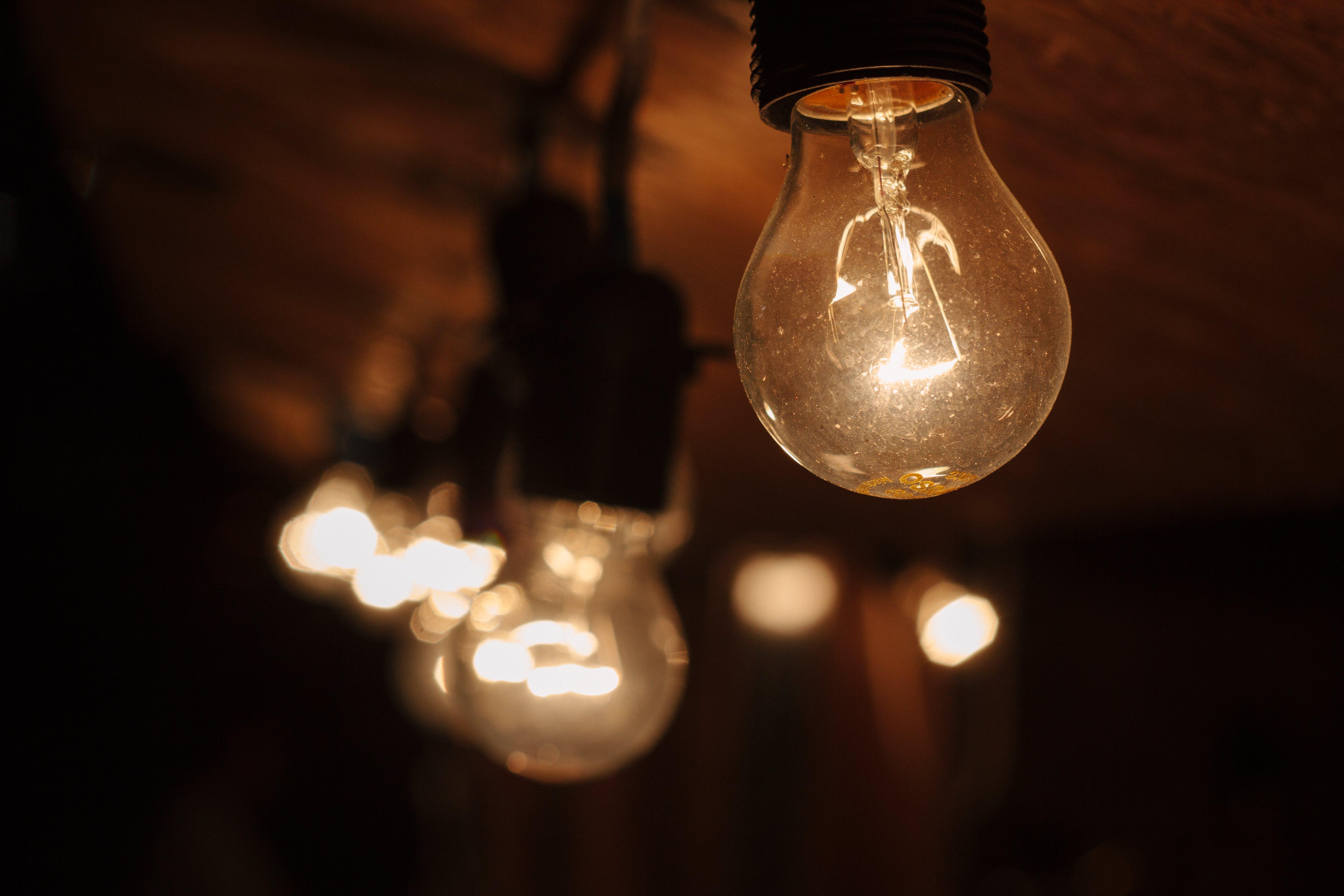 Kostenloses Stock Foto zu abend, beleuchtet, beleuchtung, elektrizität
