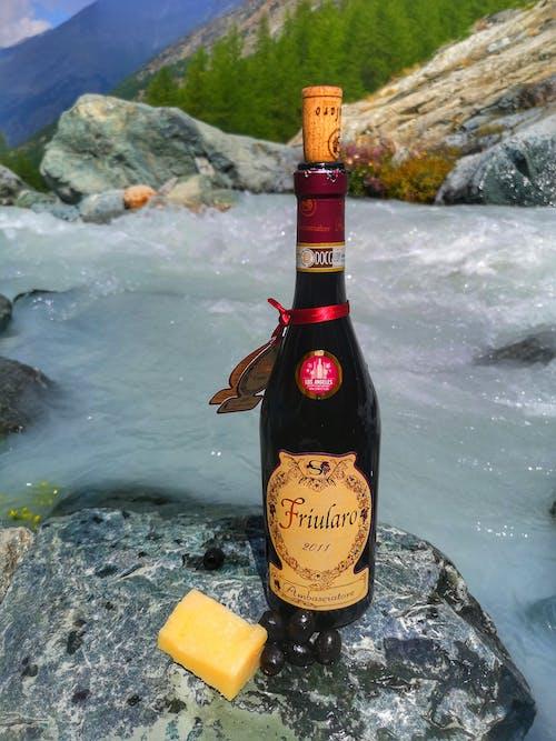 Бесплатное стоковое фото с вино, оливки