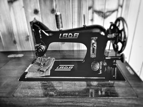 Бесплатное стоковое фото с швейная машинка