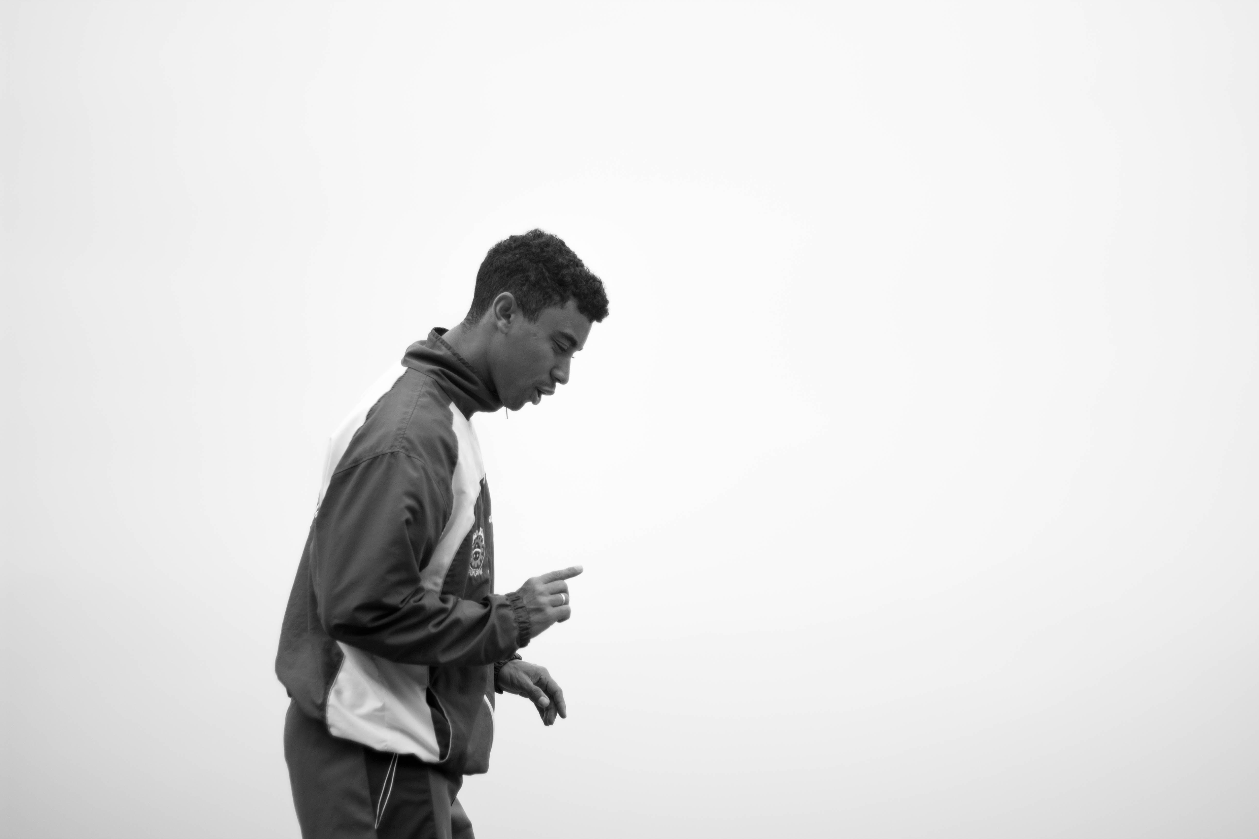 Kostenloses Stock Foto zu athlet, erwachsener, mann, schwarz und weiß