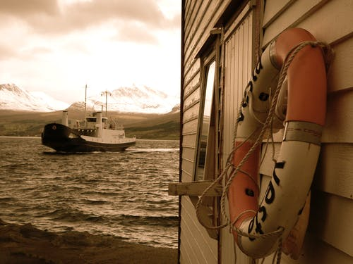 Δωρεάν στοκ φωτογραφιών με βάρκα, βουνά, φέρι, φιόρδ